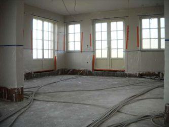 Vloerisolatie: ramen en deuren worden volledig beschermd tegen eventuele nevelvorming